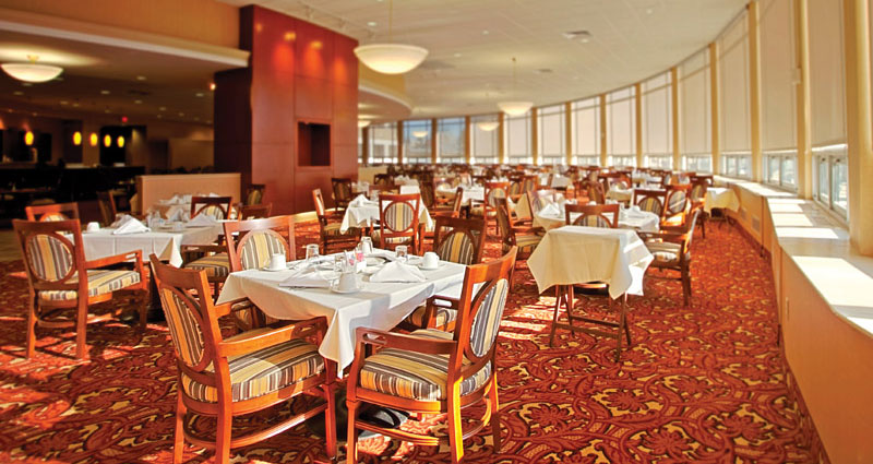 The Mark Dining Room - The Watermark at 3030 Park
