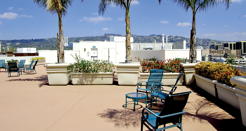 Rooftop Patio - The Watermark at Beverly Hills