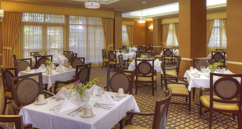 Dining Room - The Watermark at Beverly Hills