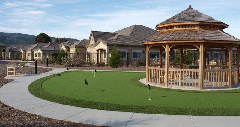 Putting Green – The Cottages of Carmel